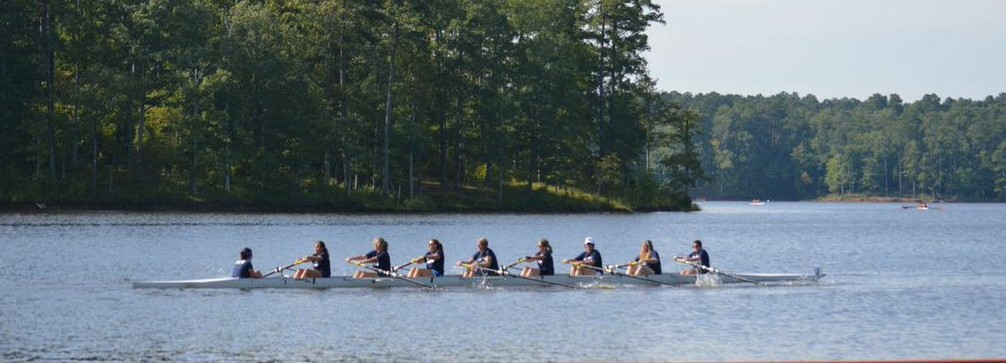 High Points Mums Crew wins the Womens Masters Eights event at 2014 Carolina Chase.